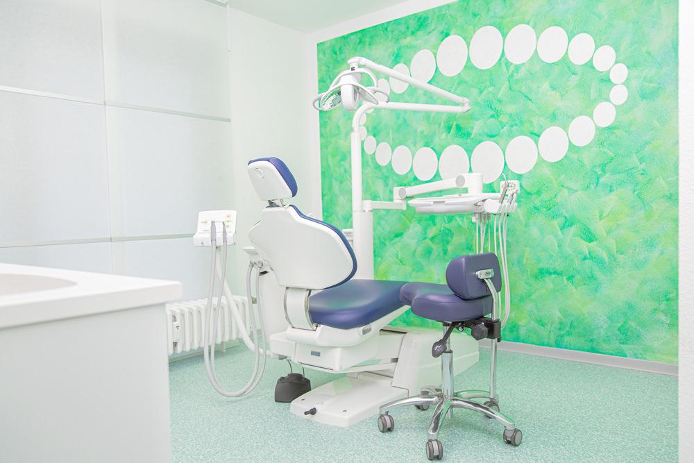 Kieferorthopädie Gladbeck - Dr. Kinner - Behandlungszimmer